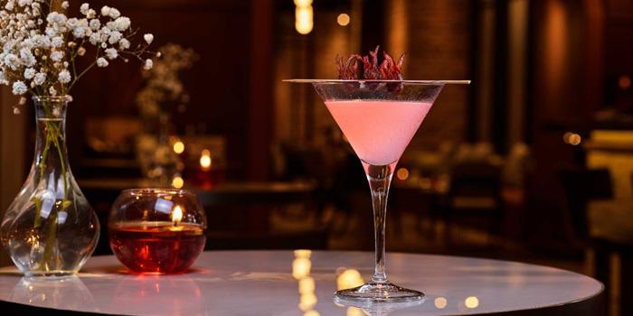 Cocktail at Ambiente, Aryaduta