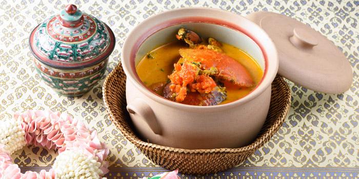 Curry with Crab from Baan Khanitha at Sukhumvit 53 Alley Khlong Tan Nuea, Wattana Bangkok