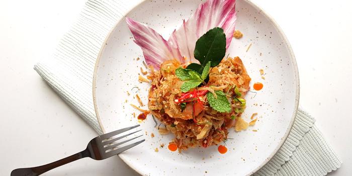 Pomelo Salad from Bistro M at Marriott Executive Apartments 60 Soi Langsuan, Lumpini Pathumwan, Bangkok