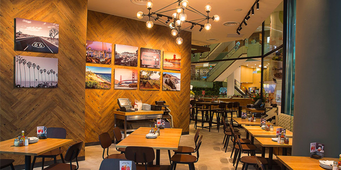 Dining Area of California Pizza Kitchen at Claymore Connect in Orchard, Singapore