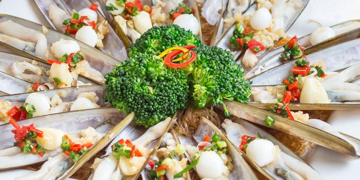 Spanish Racor Clams from Louis Leeman Seafood at Sukhumvit 39 Room No. S101-102, Klongtonnua Wattana, Bangkok