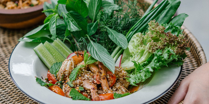 Spicy shrimp salad from Ahh Kard D at 200/1 Phibun Watthana 1 Alley Samsen Nai, Phaya Thai Bangkok