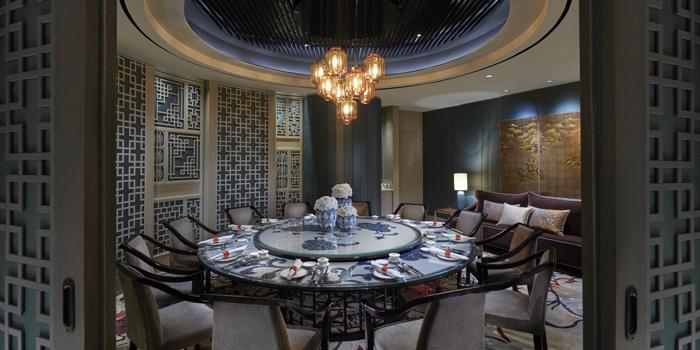 Interior 3 at Li Feng, Mandarin Oriental Jakarta