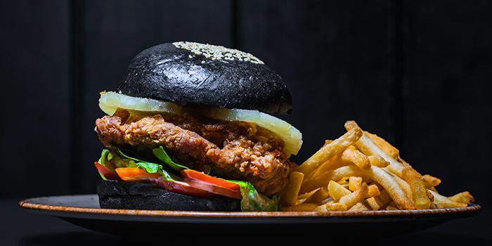 Khun Thai Chicken Burger from Ash & Char in Tanjong Pagar, Singapore