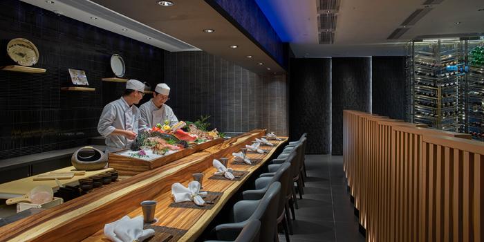 Sushi Bar, Dining at Murasaki, Causeway Bay, Hong Kong