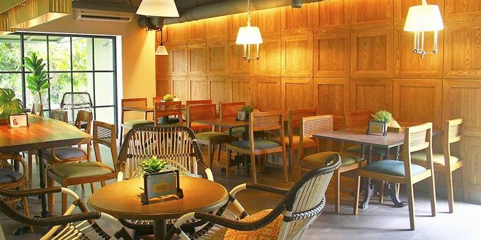 Interior 1 at TuaBaru Restaurant, Kuningan