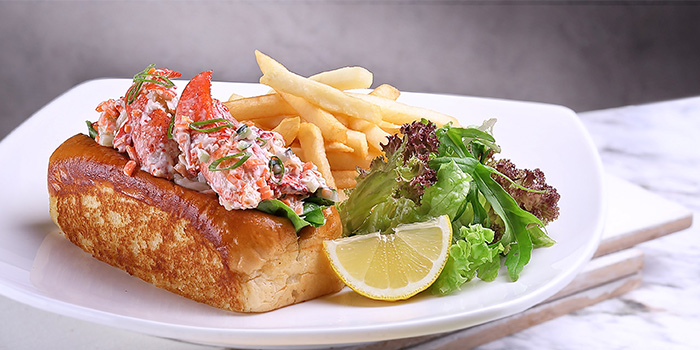 Boston Lobster Roll from Earle Swensen
