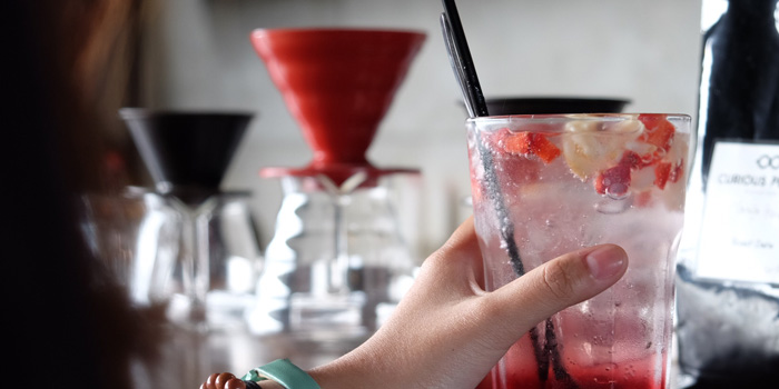 Sparkling Berry Mocktail at Votrro Coffee & Bar, Pluit