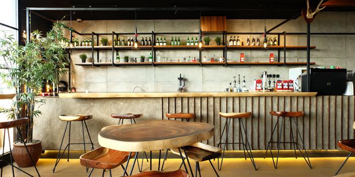 Interior 1 at Votrro Coffee & Bar, Pluit
