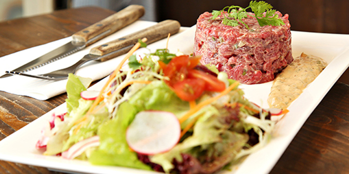 Traditional Steak Tartare served with Green, Pastis French Bistro, Central, Hong Kong