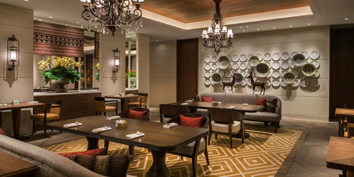 Lounge Area at Grand Cafe, Grand Hyatt
