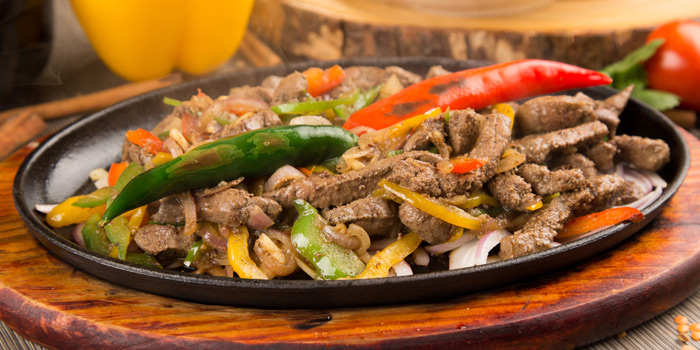 Sizzling Beef from Arabesque Restaurant at 68/1 Sukhumvit Soi 2 Sukhumvit Rd, Klongtoey Bangkok