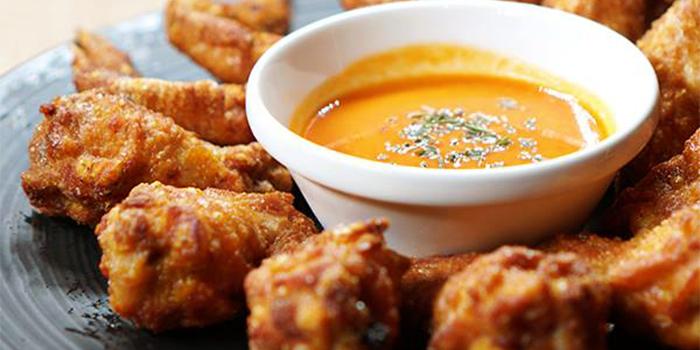 San Lou Chicken Wings from San Lou Lifestyle Bar at NTU Alumni Club in Buona Vista, Singapore