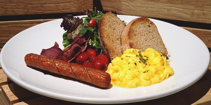 Big Breakfast from Three Degree Cafe at NTU Alumni Club in Buona Vista, Singapore