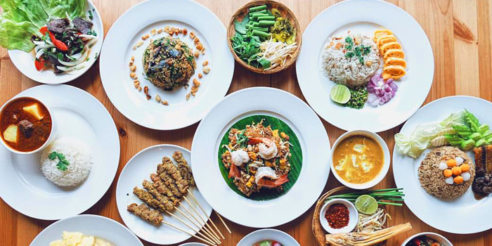 Selection of Food from Sansumran at 185/3 Soi Sukhumvit 31(Sawasdee)  Klong Tan Nuea, Wattana Bangkok