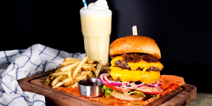 Cheese Burger from Cali-Mex Bar and Grill at Holiday Inn Sukhumvit Hotel Ground Floor, 999/34, Sukhumvit Rd. Khlong Tan, Khlong Toei Bangkok