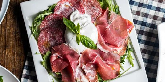 Mondo Mio Italian Restaurant & Bar